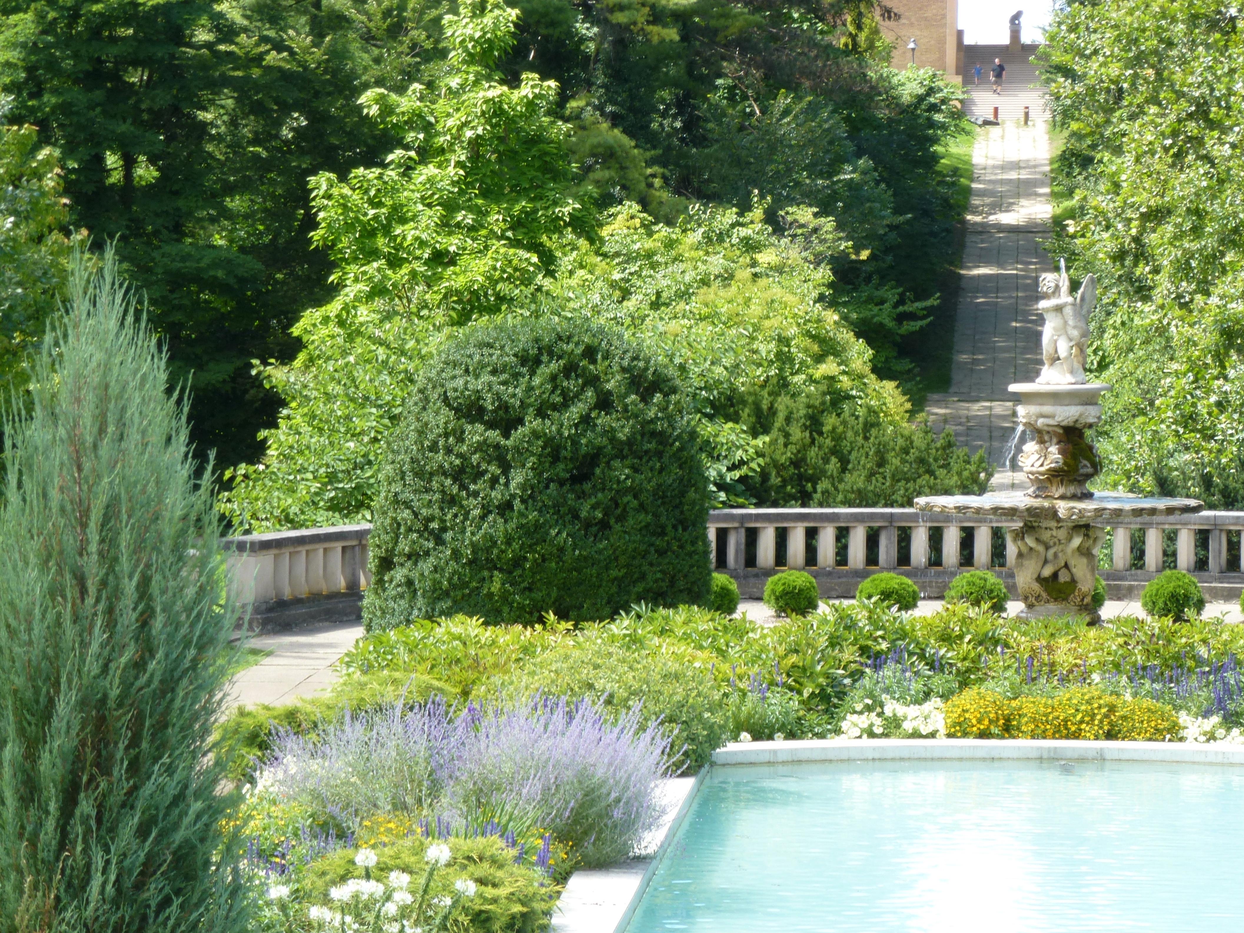 A visit to CRANBROOK GARDENS | LATEBLOOMERBUDS